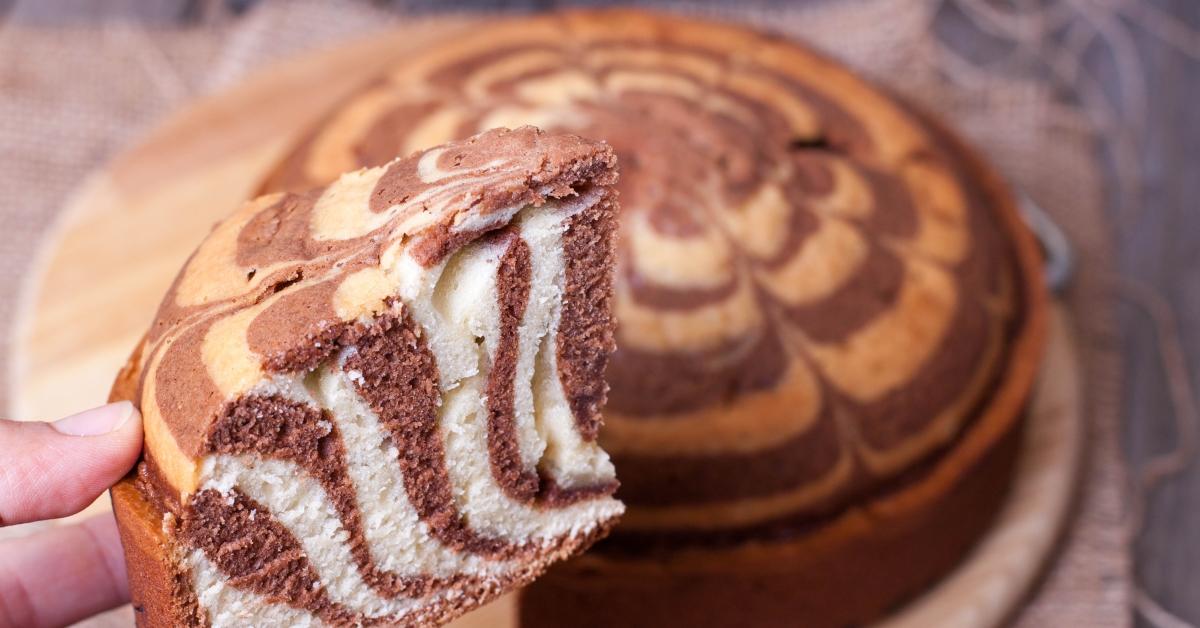 Картинки по запросу Рецепт постного пирога без яиц и молока зебра