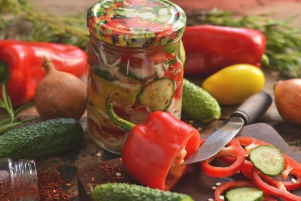 salat-vitaminnyiy-na-zimu-01-640x427