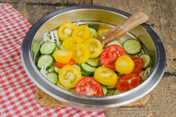 salat-vitaminnyiy-na-zimu-07