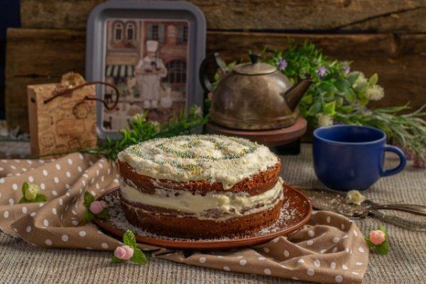 shokoladnyiy-tort-s-zavarnyim-kremom-02-640x427