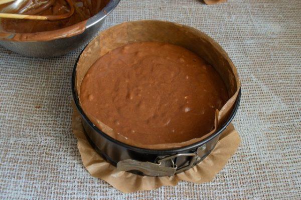 shokoladnyiy-tort-s-zavarnyim-kremom-06-640x427