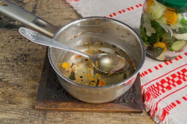 salat-na-zimu-s-patissonami-nash-ogorod-14