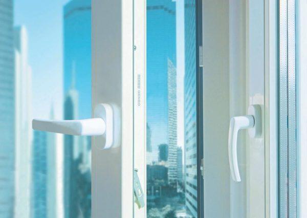 plastikovye-okna-rehau-geneo-okna-v-budushchee-photo-0a47