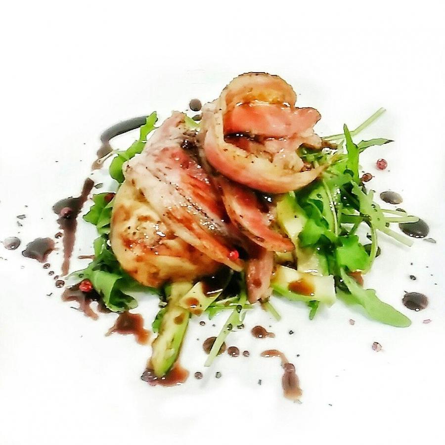 Картинки по запросу Салат с курицей и авокадо