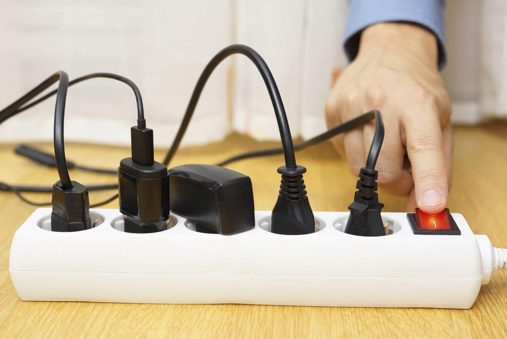 """Картинки по запросу """"5 приборов, которые сжигают электричество даже в выключенном режиме"""""""""""