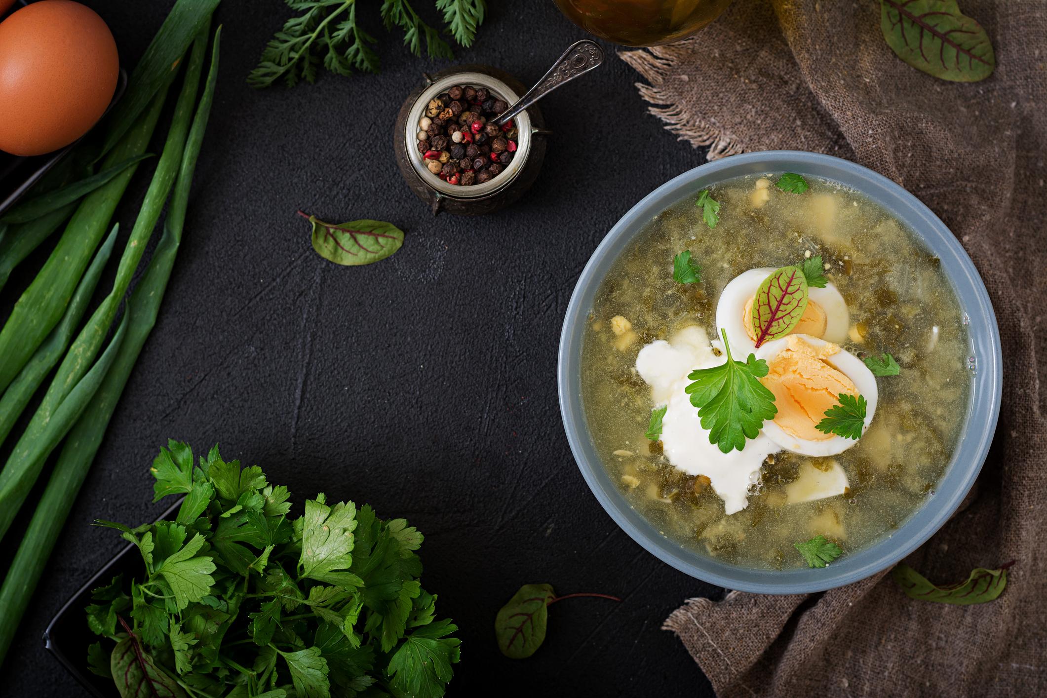 Зеленый борщ: классический рецепт с щавлем и мясом
