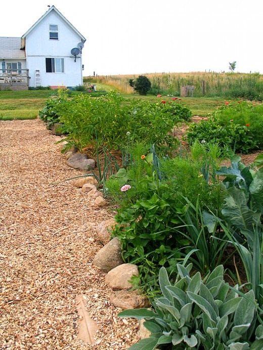 Garden-path1-520x693-1