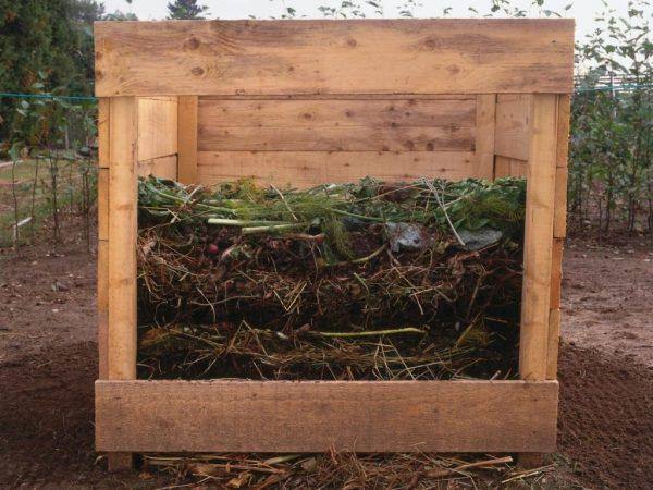 Приготовление компоста. Компост: основные виды, как сделать и применять для  растений Как делать компост из травы в яме