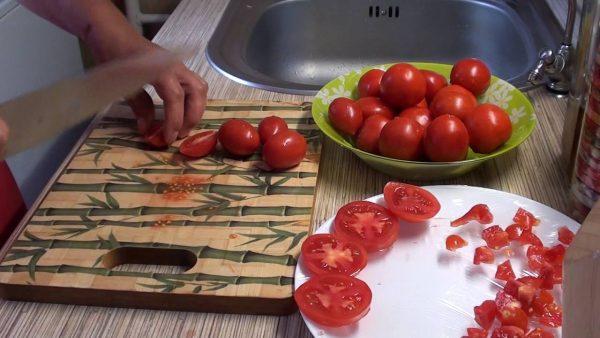 Что делать с подпорченными помидорами, или Как сохранить томаты свежими  надолго?